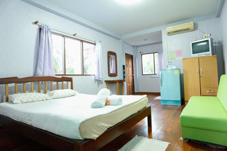Kasemsuk Resort, Bang Saphan