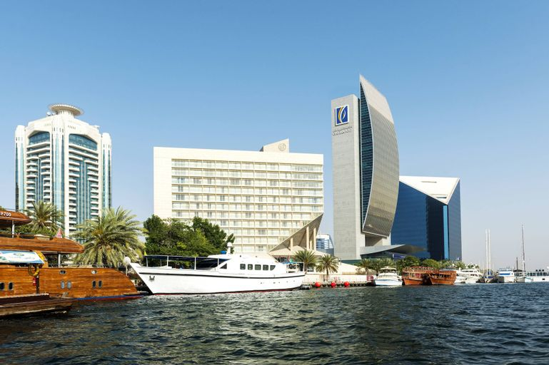 Sheraton Dubai Creek Hotel & Towers,