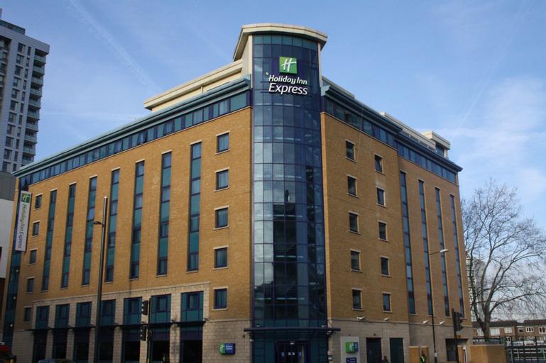 Holiday Inn Express London - Stratford, London