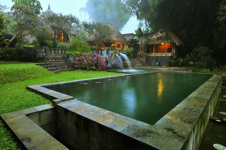 Kampung Sampireun Resort & Spa, Garut