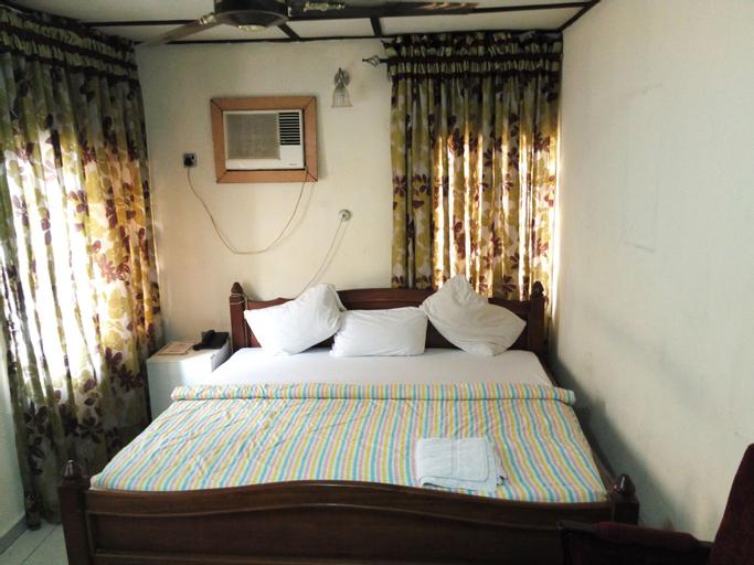 Bv.Standard Executive Suite, Calabar