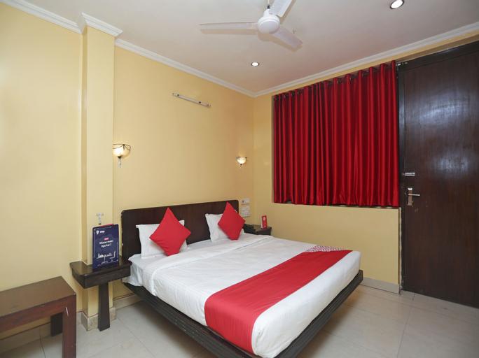OYO 12887 Hotel A-1, Raipur