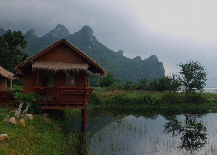 Lung Cha Homestay, K. Sam Roi Yot
