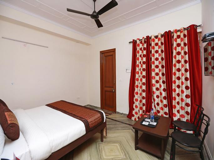 OYO 12032 Eshnaya, Gurgaon
