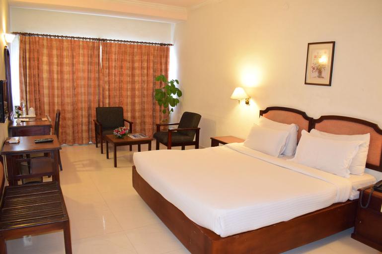 Hotel Abad, Ernakulam