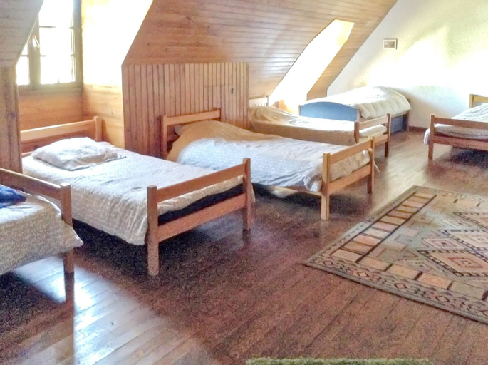 House With 7 Bedrooms in Lortet, With Private Pool, Furnished Garden a, Hautes-Pyrénées