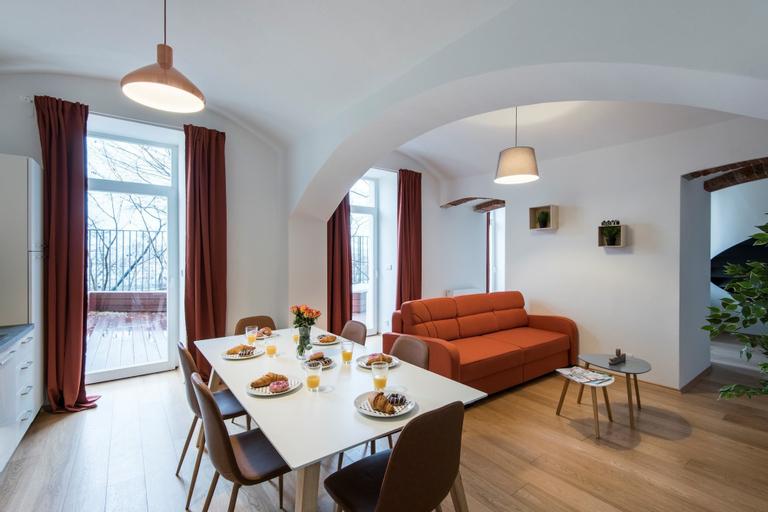 Rehorova Apartments, Praha 1