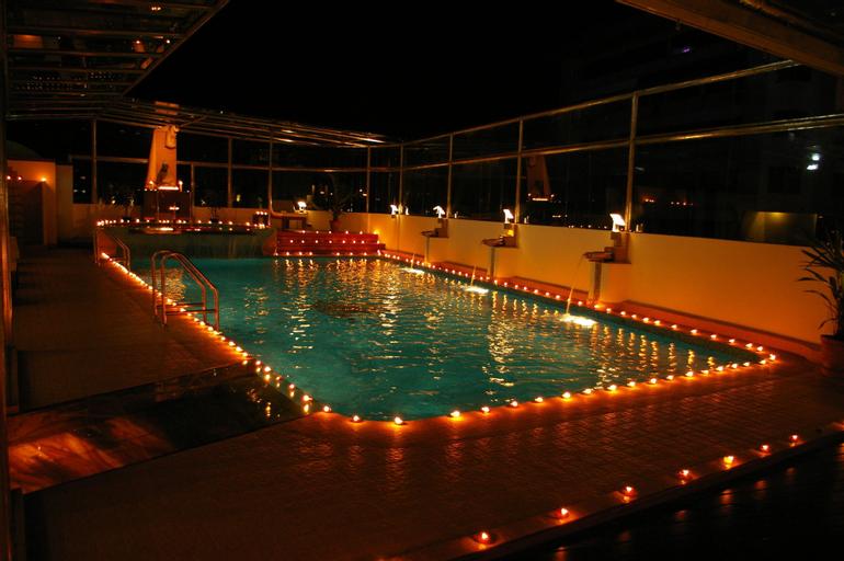 Gokulam Park Hotel, Ernakulam
