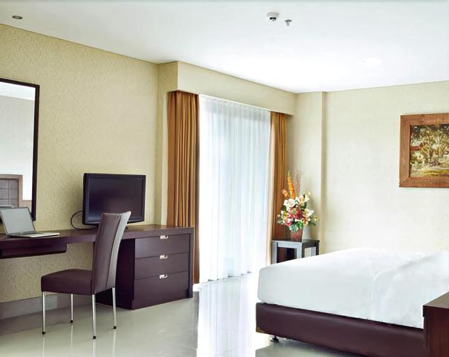 Bamboo Inn Hotel & Cafe, West Jakarta
