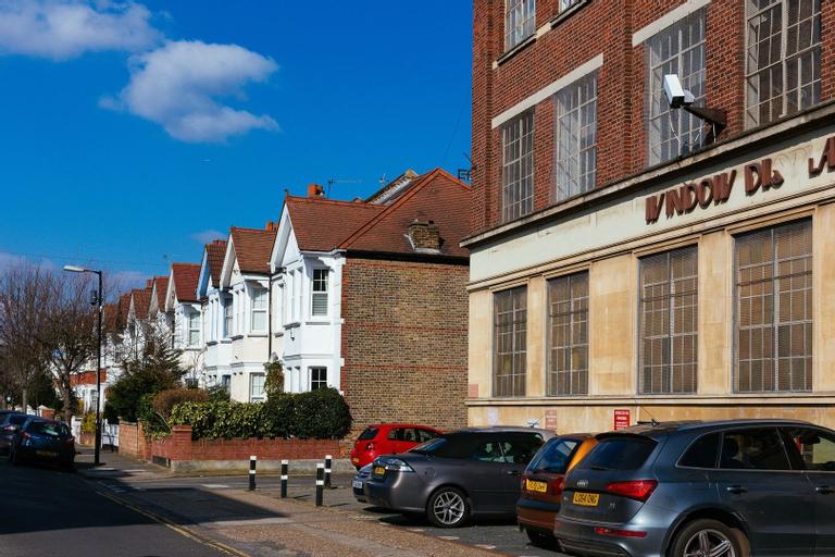 Veeve - Artisian Retreat, London