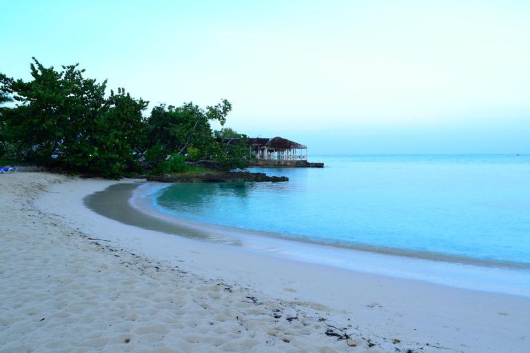 HS Negril Jamaica Getaway,