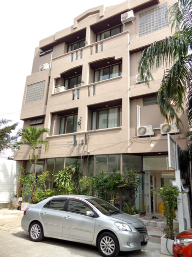 Rama9 Kamin Bird Hostel, Din Dang
