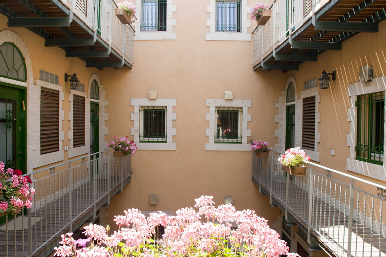 The Market Courtyard - Jerusalem Suites,