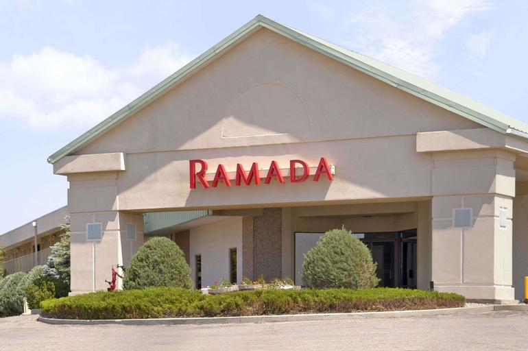 Ramada by Wyndham Sterling, Logan