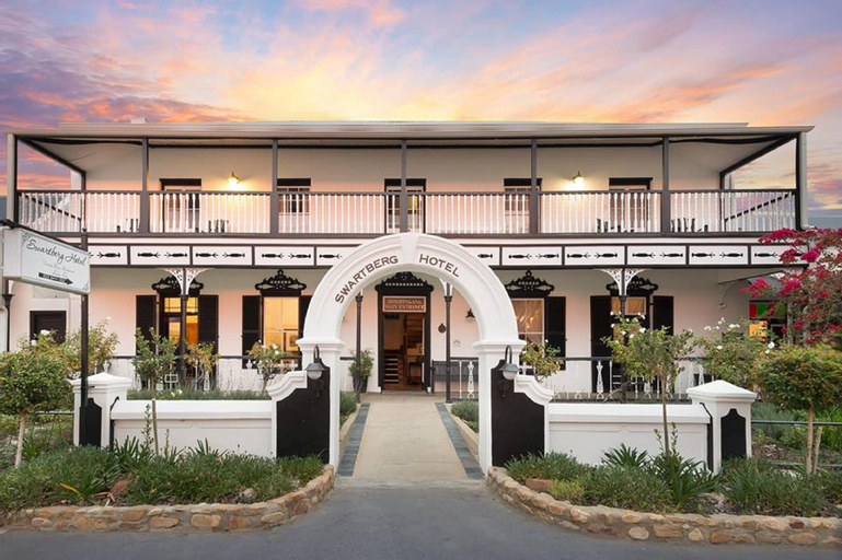 Mont d'Or Swartberg Hotel, Central Karoo