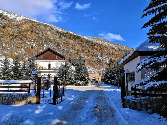 Elbrus HiLoft Hostel, El'brusskiy rayon