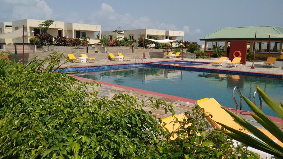 Golden Hill Parker Hotel, Komenda-Edina-Eguafo-Abirem