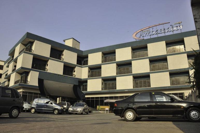 Ambassador Hotel, Lahore