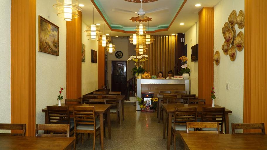 Asian Kitchen Hotel, Quận 1