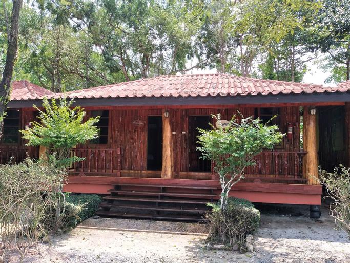 Taweesuckkittiya Resort, Khlong Yai