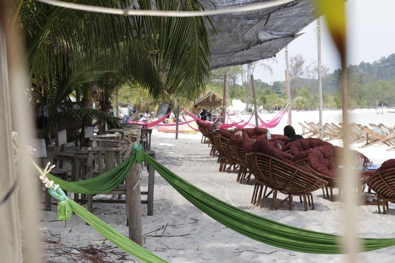 Sandbank Restaurant & Camping Koh Rong, Botum Sakor