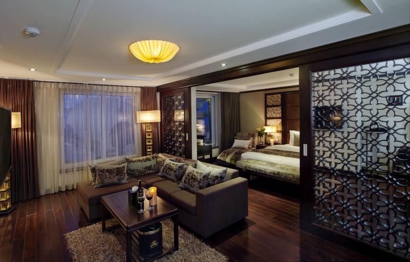 Golden Lotus Luxury Hotel, Hoàn Kiếm