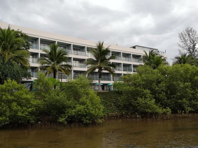 Le Coral Beach Resort & Cafe, Takua Thung
