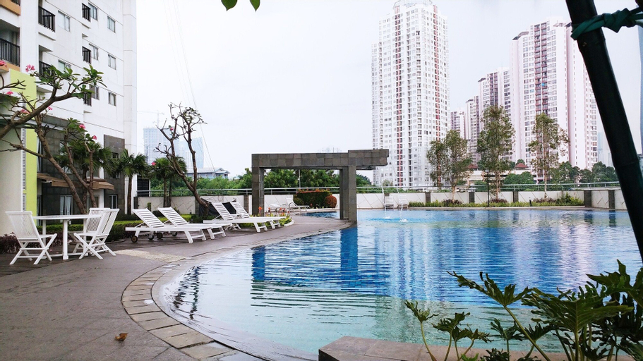 1 Bedroom The Wave Epicentrum by Travelio, South Jakarta