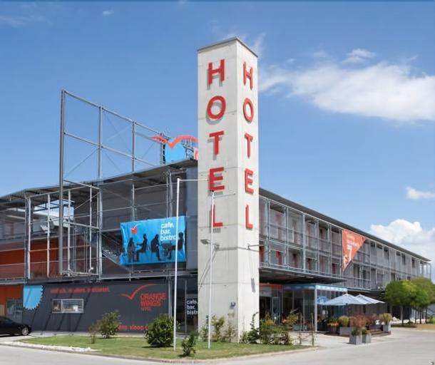 Hotel Orange Wings Wiener Neustadt, Wiener Neustadt