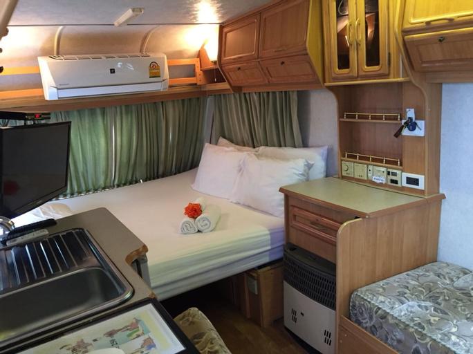 Loft Caravan Resort, Ban Laem