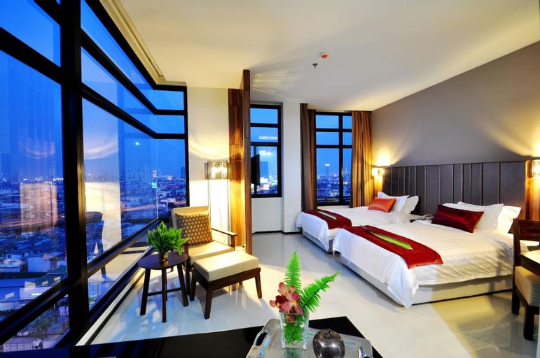 Grand Howard Hotel, Bang Kho Laem