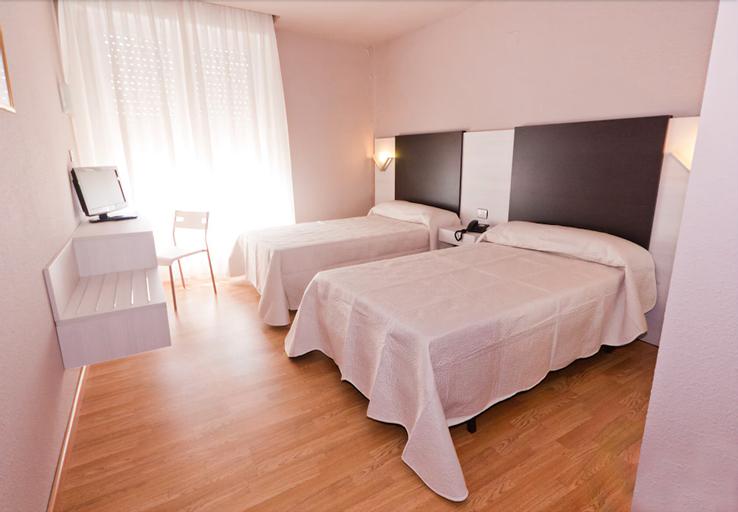 Hotel Fornos, Zaragoza