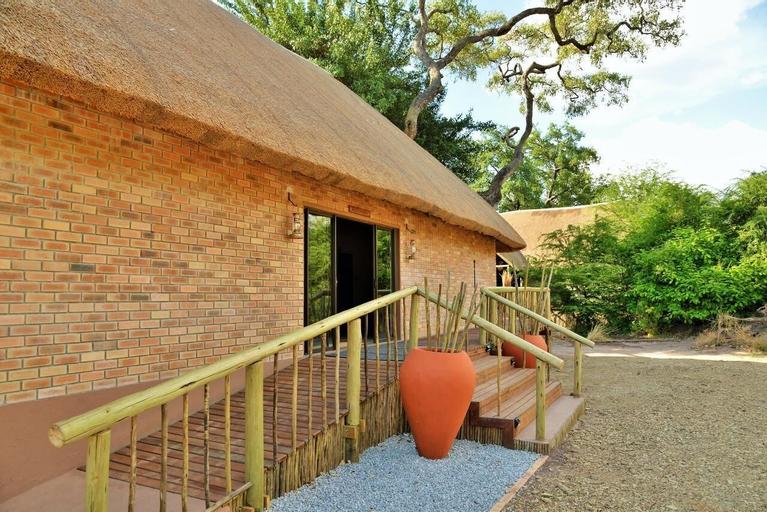 Jackalberry Chobe, Chobe