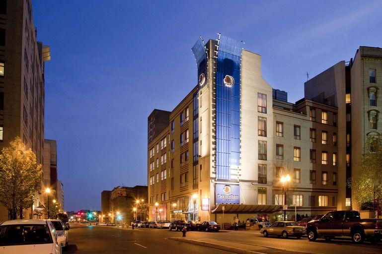 DoubleTree by Hilton Boston - Downtown, Suffolk
