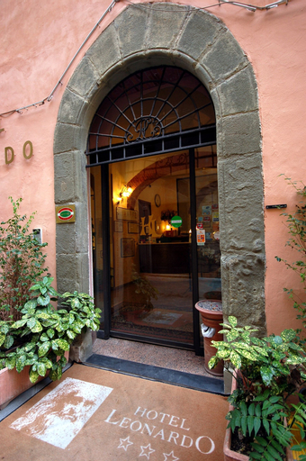 Hotel Leonardo, Pisa