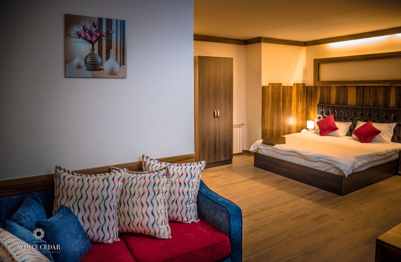 white cedar hotel, Bcharre