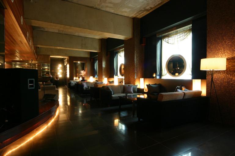 M Hotel, Mapo