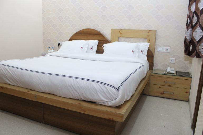 OYO 26217 Hotel GST Grand Plaza, Sahibzada Ajit Singh Nagar