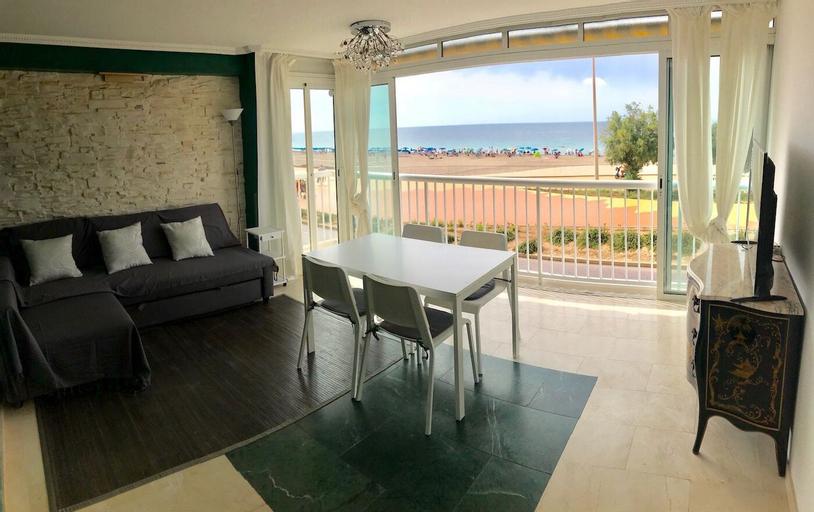 Poniente Beach Promenade Apartment, Alicante