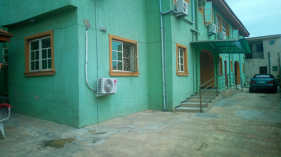 Ibis Diamond Hotel, AdoOdo/Ota