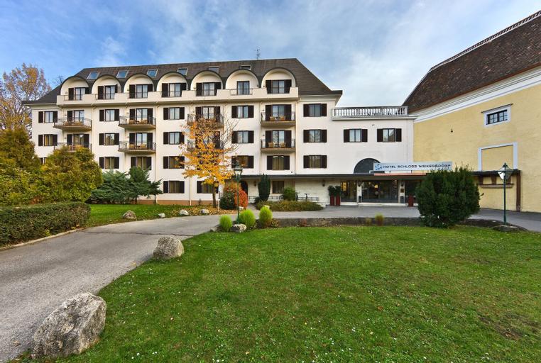 Hotel Schloss Weikersdorf, Baden
