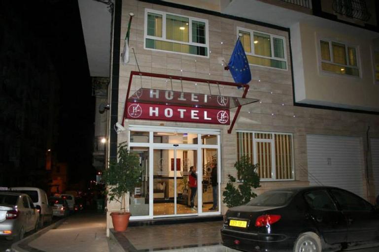 Hotel 2 Horloges, Oran