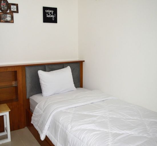 1BR with Sofa Bed at Bassura City Apartment By Travelio, East Jakarta