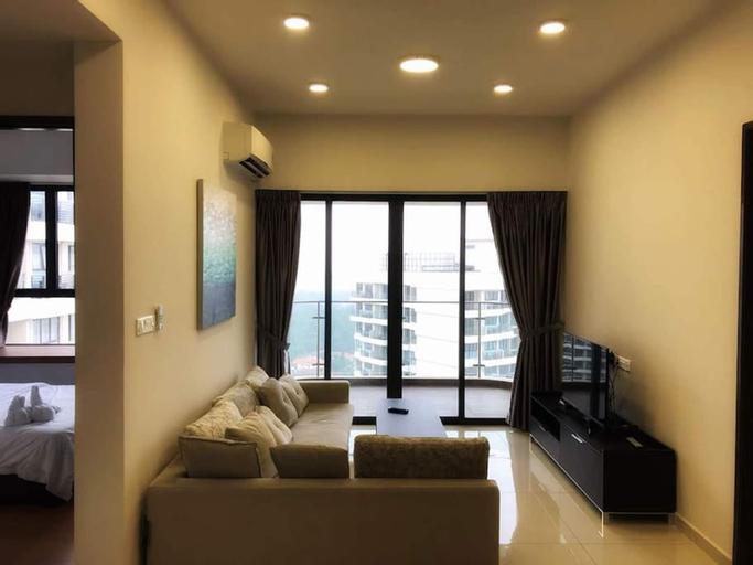 Cozy, High-Floor 2BR Suite at Country Garden Danga Bay, Free Parking, Johor Bahru