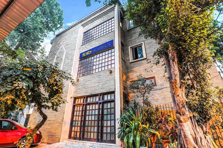FabExpress Hemkunt Mansion, Gautam Buddha Nagar