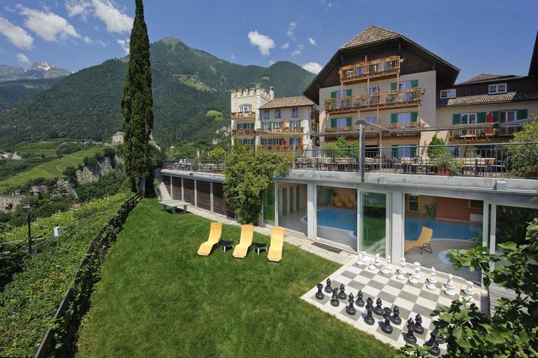 Hotel Mair am Ort (Dog Hotel), Bolzano