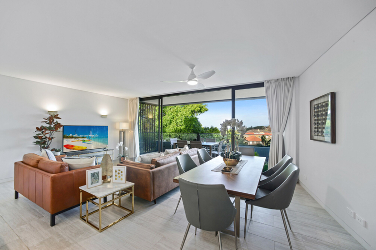 HomeHotel Ultra Luxurious 3 Bedroom Penthouse, Woollahra