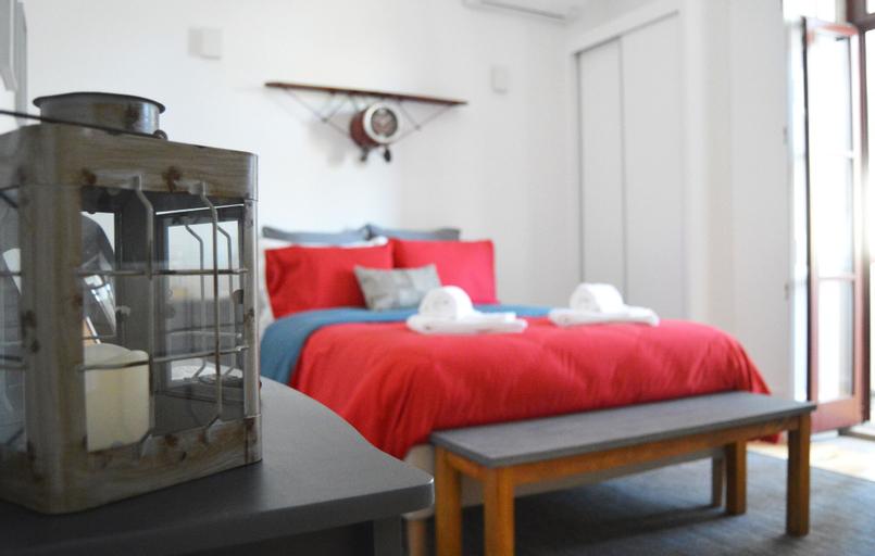 Pessoa Apartment, Porto