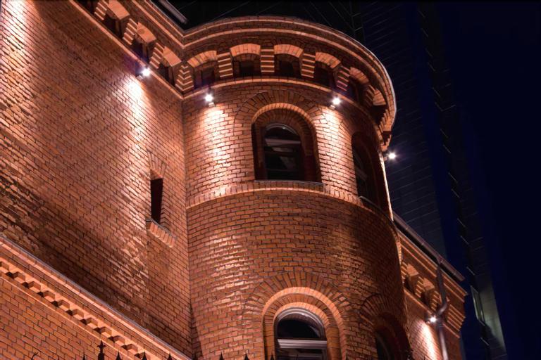 Blow Up Hall 50 50, Poznań City