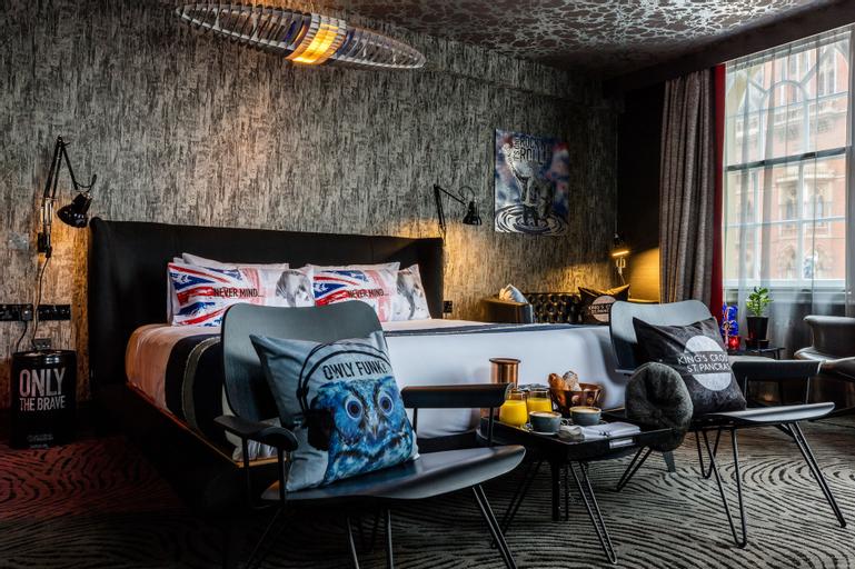 Megaro Hotel, London